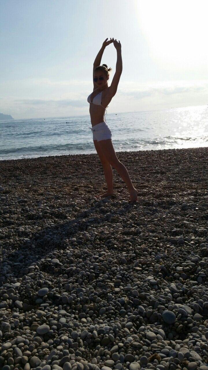 태그가있는 그림 :화상 채팅, 걸스, 수영복