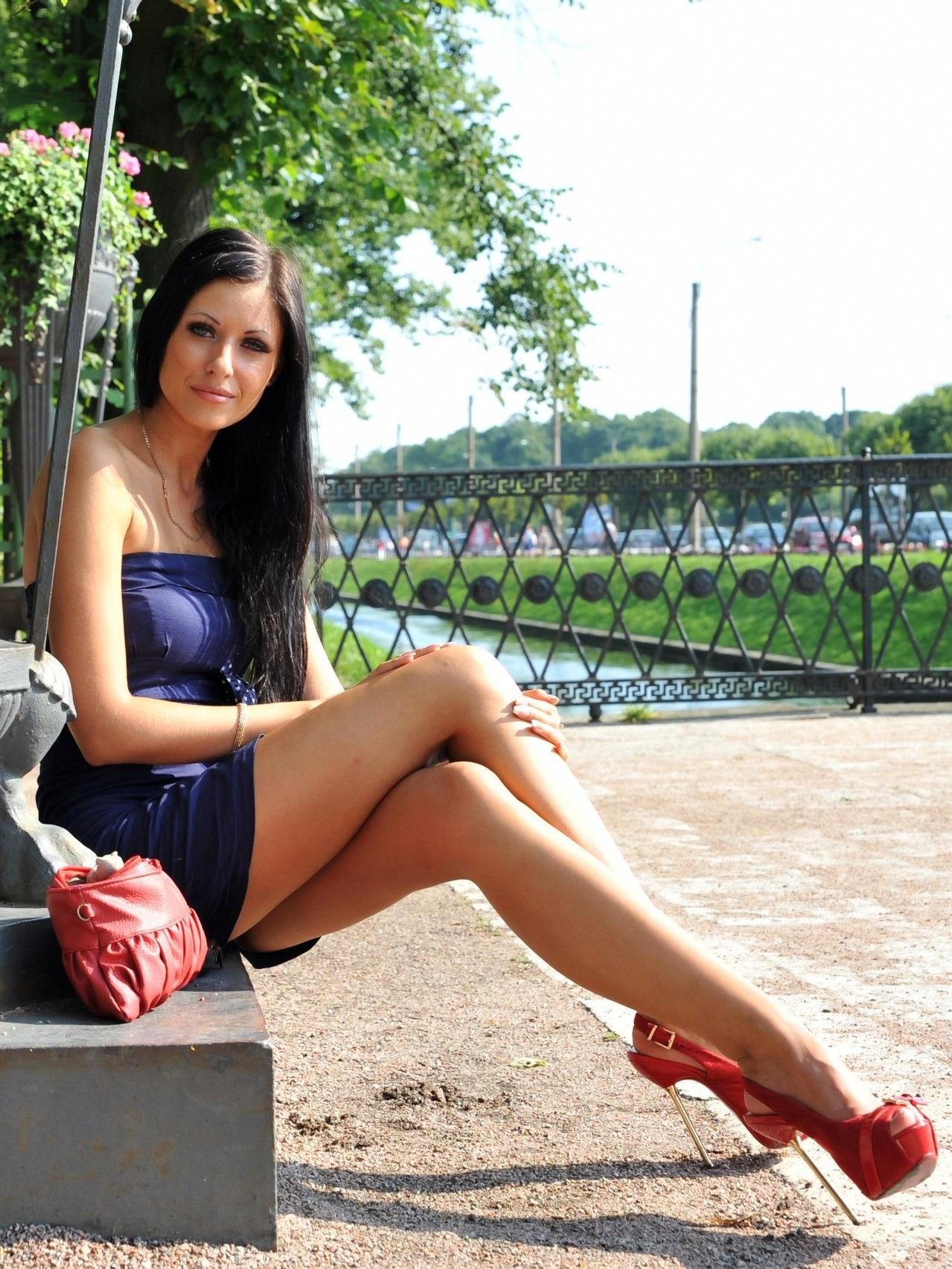 Публикация с тегами: Мода и красота, Девушка, Брюнетка