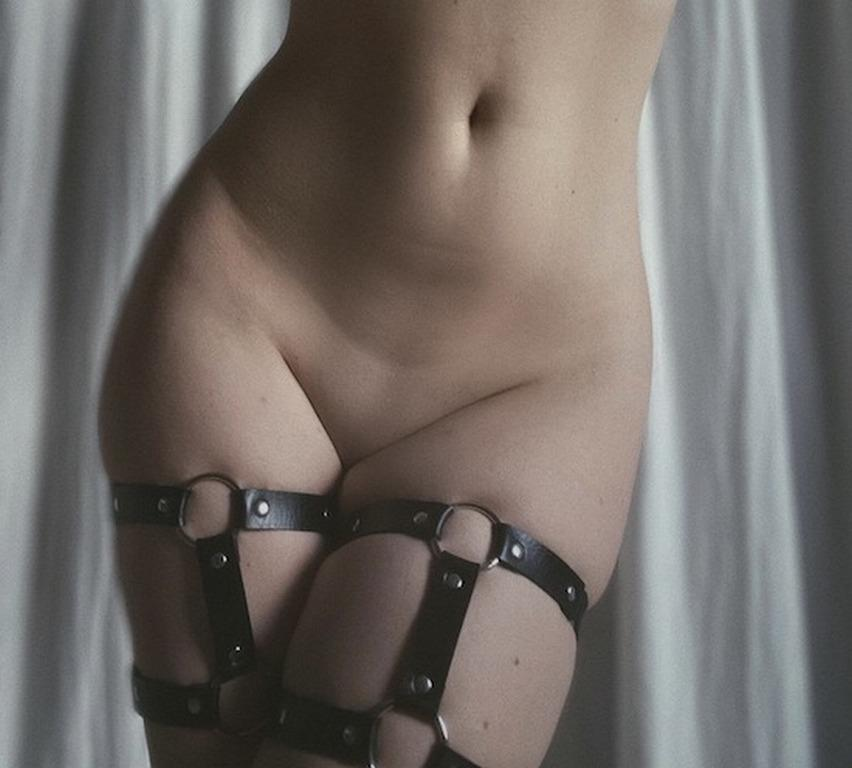Picture with tags: Naked, Interesting, Porn, BDSM