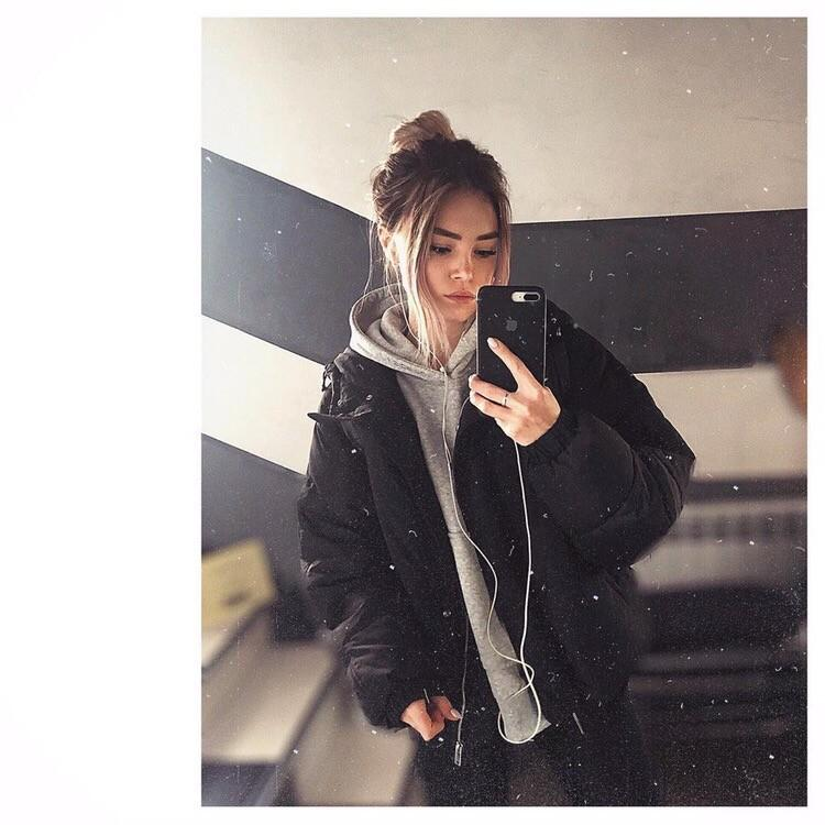 Picture with tags: Interesting, Girl