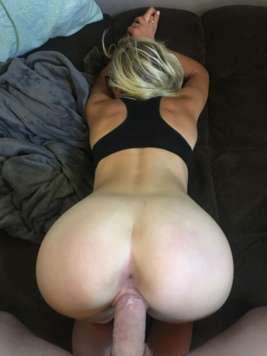 Picture with tags: Big dick, Close-up, Interesting, Porn, Sex, Amateur, Wife