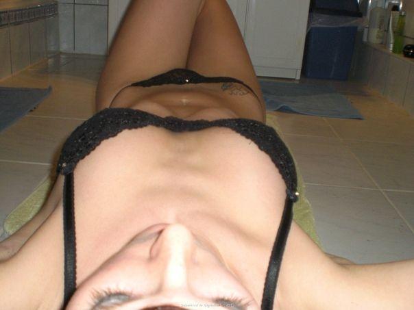 Afbeelding met tags:Interessant, Ondergoed, Meisje
