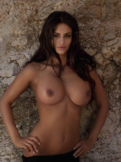 Immagine con tag:HD, Topless, Interessante, Ragazza, Big breasts