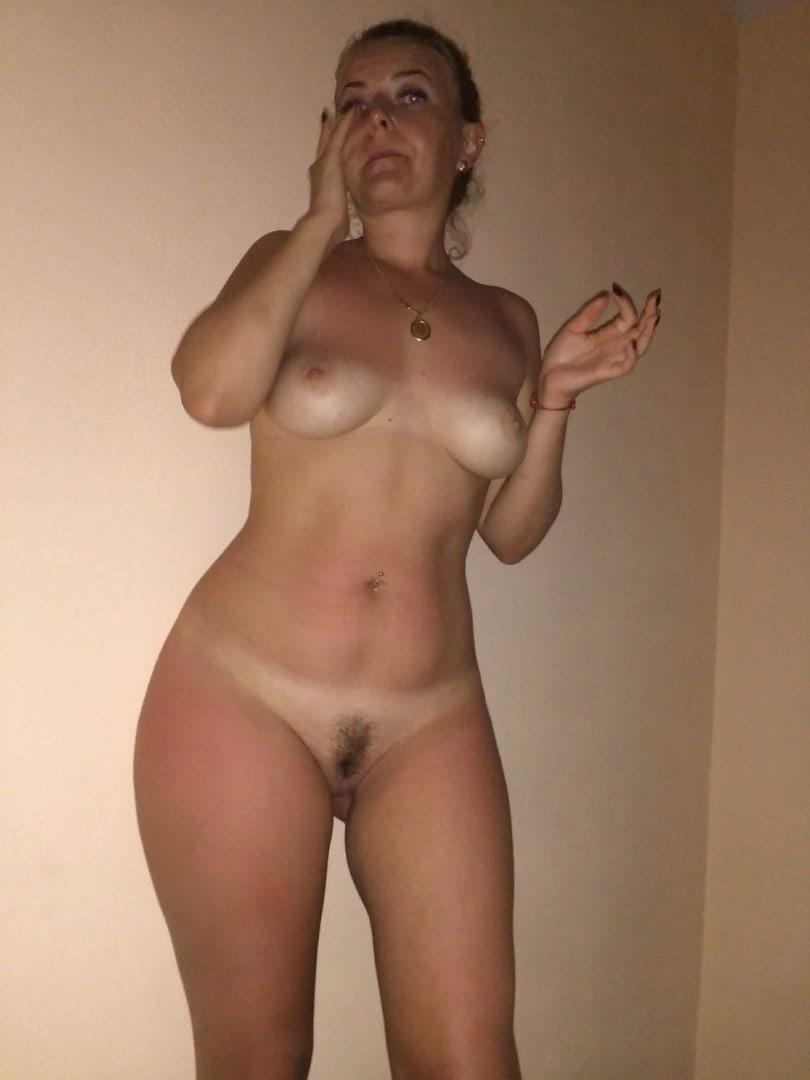 Picture with tags: Dating, Naked, Interesting, Porn, Girl