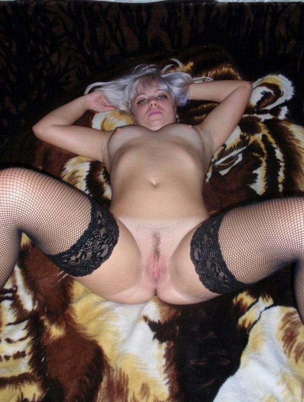 Immagine con tag:Nudo, Interessante, Porno, Amateur, Gattina, Point of view, Stockings