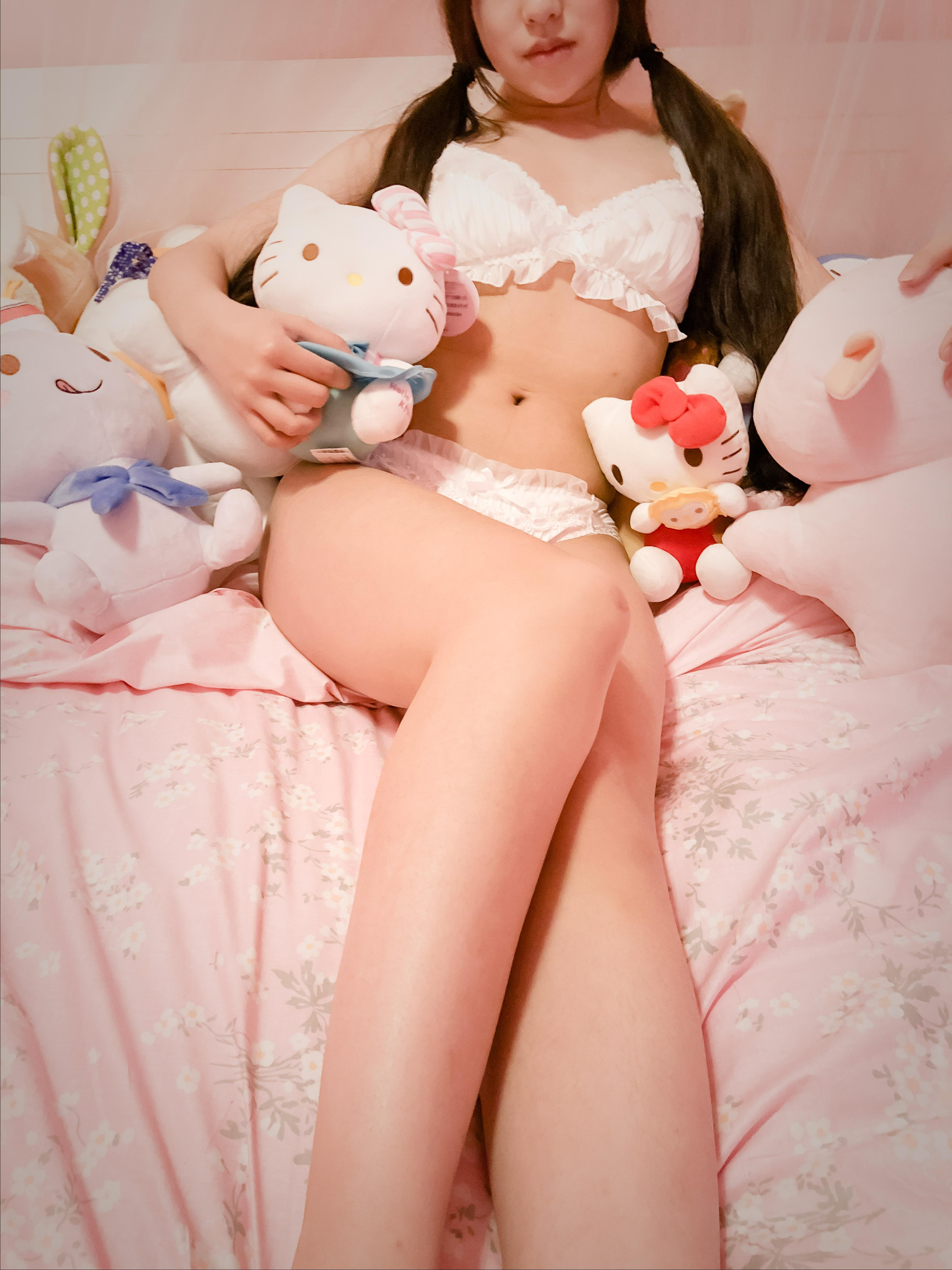 Picture with tags: Interesting, Lingerie, Girl