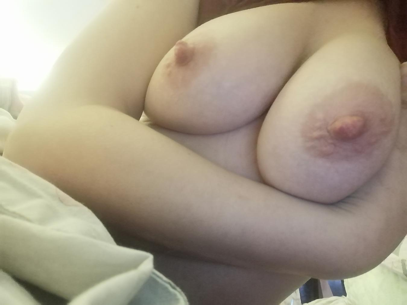 Picture with tags: Topless, Interesting