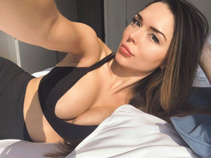 Immagine con tag:Selfie, HD, Interessante, Biancheria intima, Ragazza