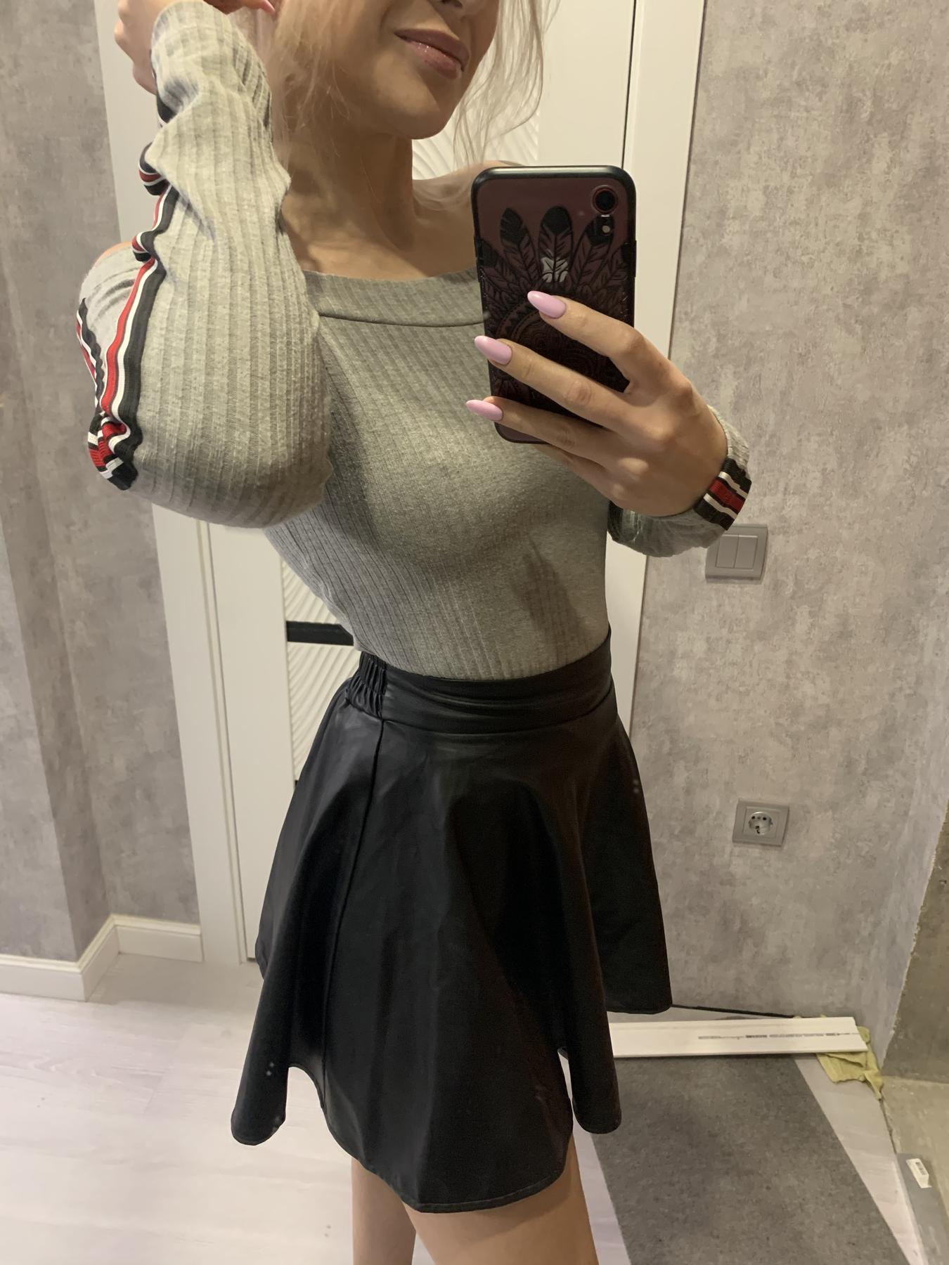 Picture with tags: Selfie, Girl