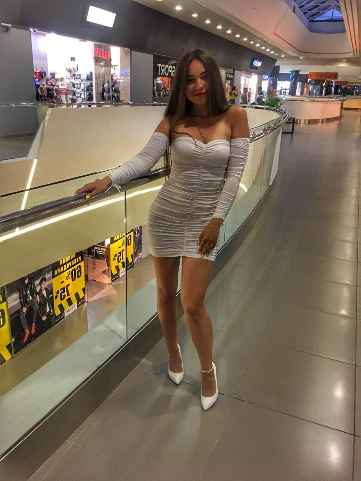 Picture with tags: HD, Dating, Interesting, Girl